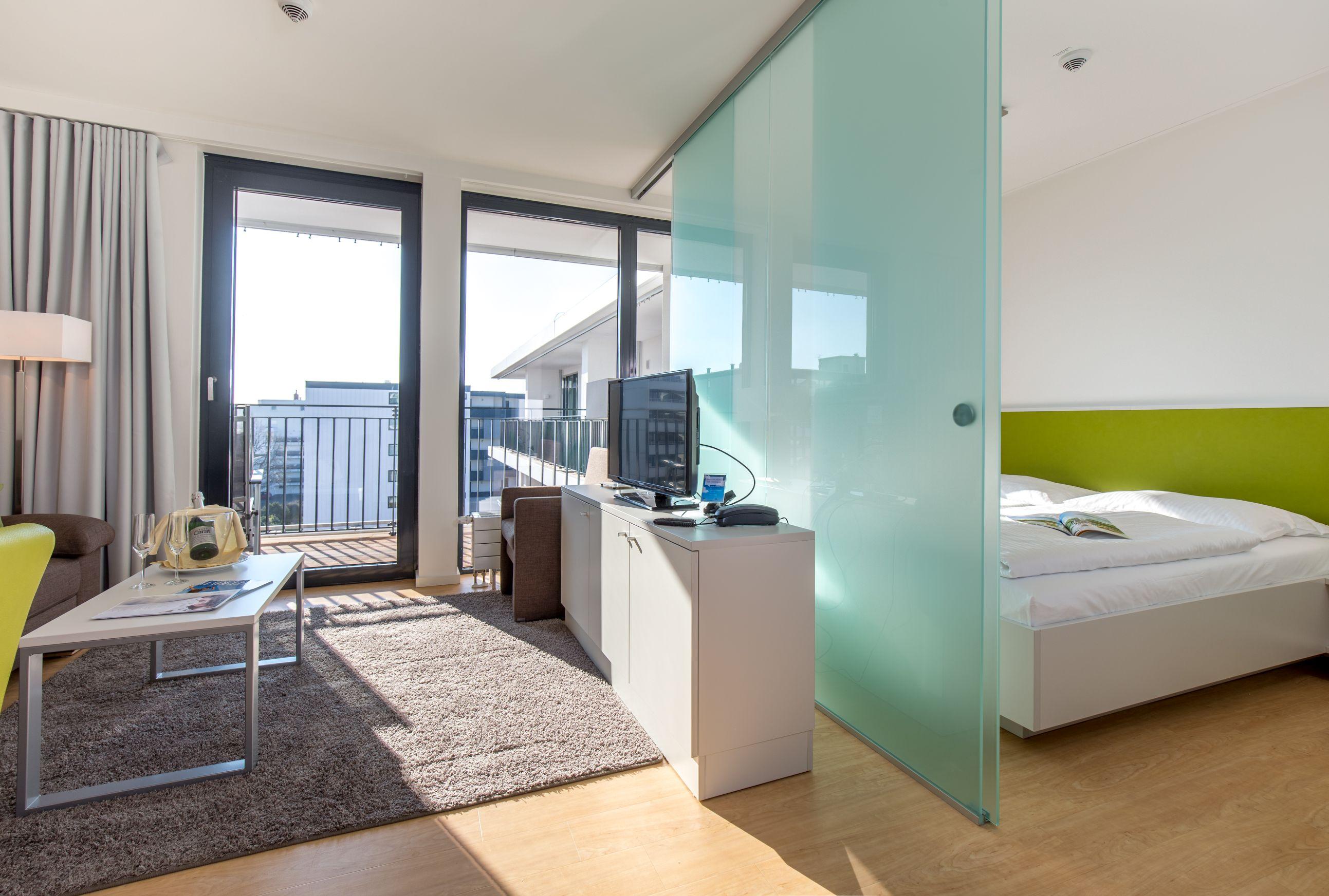 studios mit hotelservice carat residenz. Black Bedroom Furniture Sets. Home Design Ideas