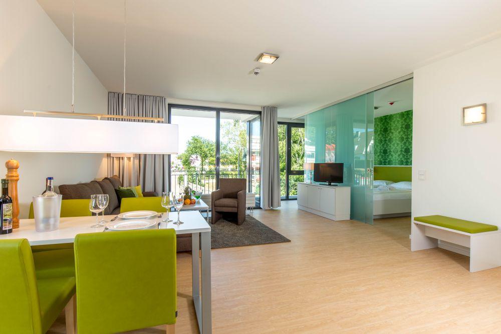 2 zimmer apartments carat residenz. Black Bedroom Furniture Sets. Home Design Ideas